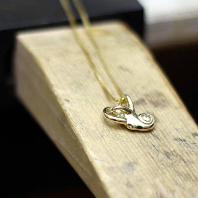 Cochlea pendant solid Gold Foto
