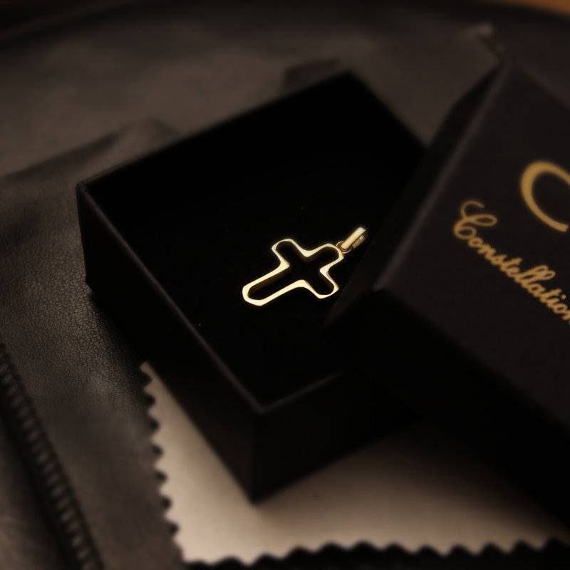 Small cross pendant Gold Foto