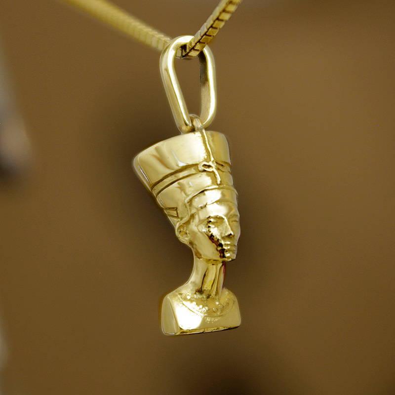 Solid Nefertiti pendant Gold Foto
