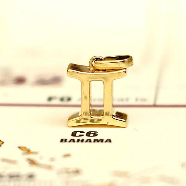 Zodiac gemini pendant solid Gold Foto